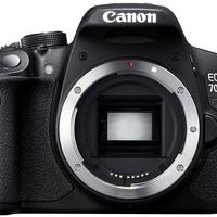 700D-vel hülyít a Canon