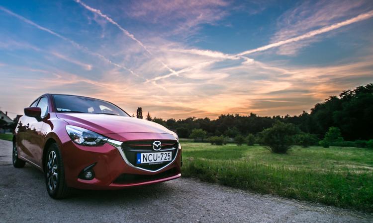 Mazda 2 - Elindulni nélküled, na még mit nem!