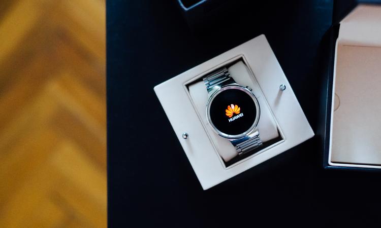 Huawei okosóra – SMART elegancia