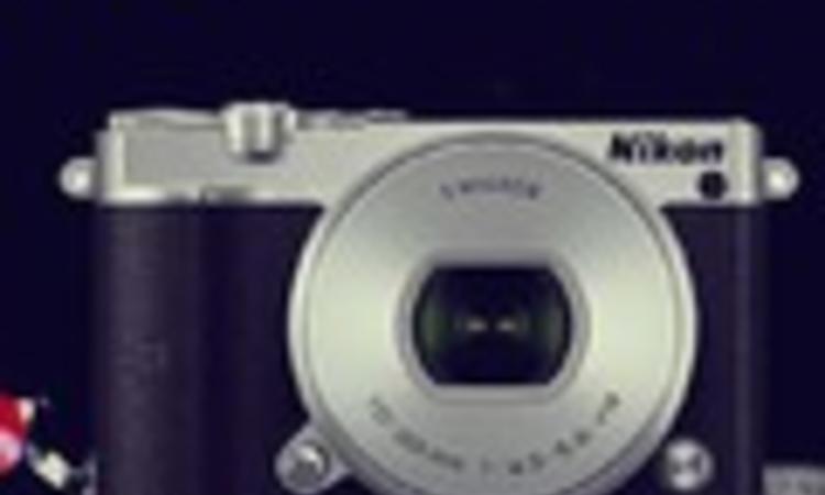 Nikon 1 J5 - Laikus fesztivál teszt
