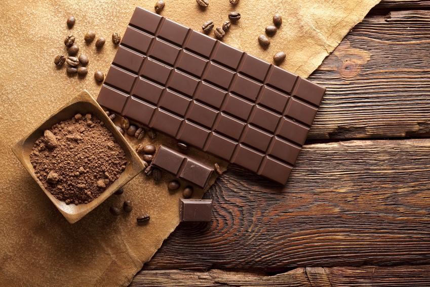 chocolate_myths_1024x1024.jpg