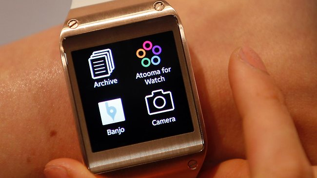 032059-samsung-galaxy-gear-smartwatch.jpg