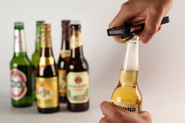 Intoxicase-Beer-Bottle-Opener-Case-for-Apple-iPhone.jpg