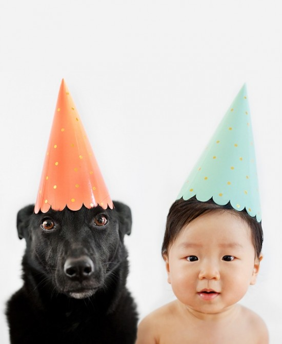Mother-Takes-Adorable-Portraits-of-Her-10-Month-Old-Baby-and-Their-Rescue-Dog-003-550x671.jpg