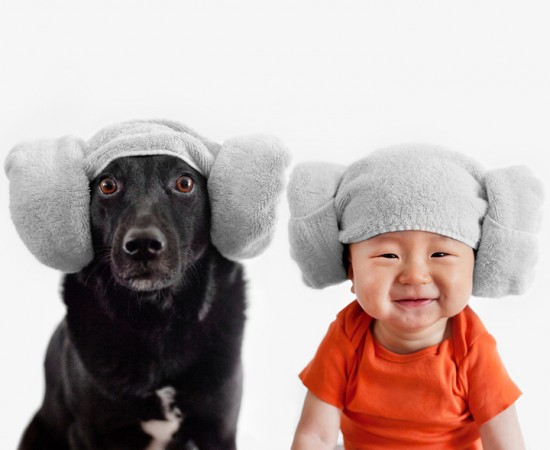 Mother-Takes-Adorable-Portraits-of-Her-10-Month-Old-Baby-and-Their-Rescue-Dog-004-550x450.jpg