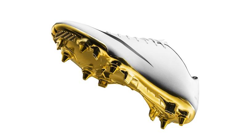 Nike-Mercurial-Vapor-IX-CR7-Special-Edition-3.jpg