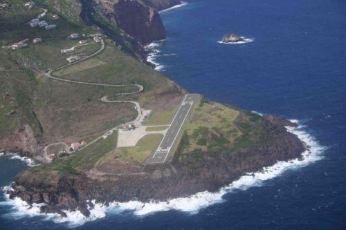 Saba-Island-Airport-Netherlands-Antilles_1.jpg