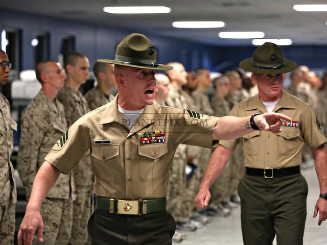 A Tengerészgyalogság legtitkosabb ruházati felszerelése - Combat Gear Blog a262ed0b18