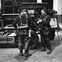 Angol tűzoltók képzése az 1950-es évekből