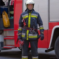 Vektor 10 tűzoltó bevetési ruházat