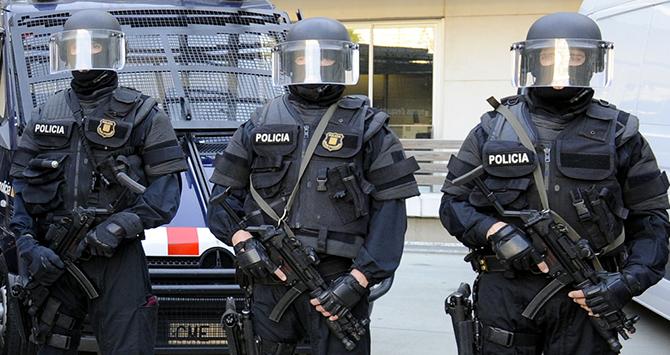 efectivos-de-los-gei-de-los-mossos-d_esquadra.jpg