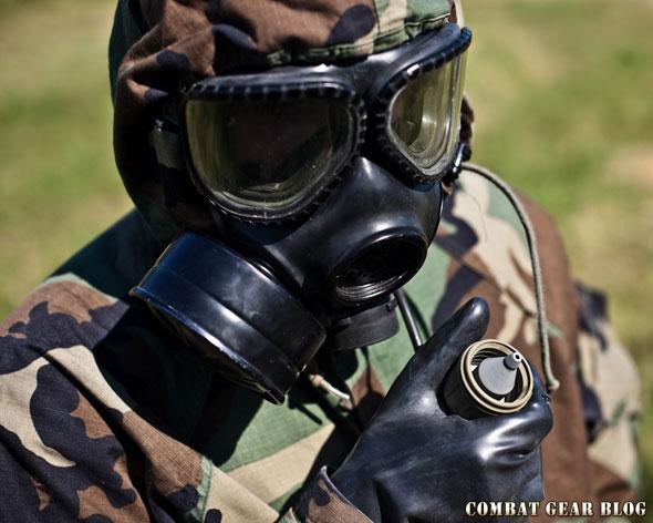 db9aa3501dbe Ezzel a vietnámi háború óta használt M17-es maszkot váltották le. Több új  megoldást is tartalmaz, ahogy az elvárható tőle, és a hadsereg mellett több  ...