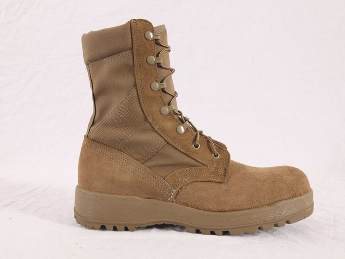 635685215810273400-coyote-brown-combat-boots.jpeg
