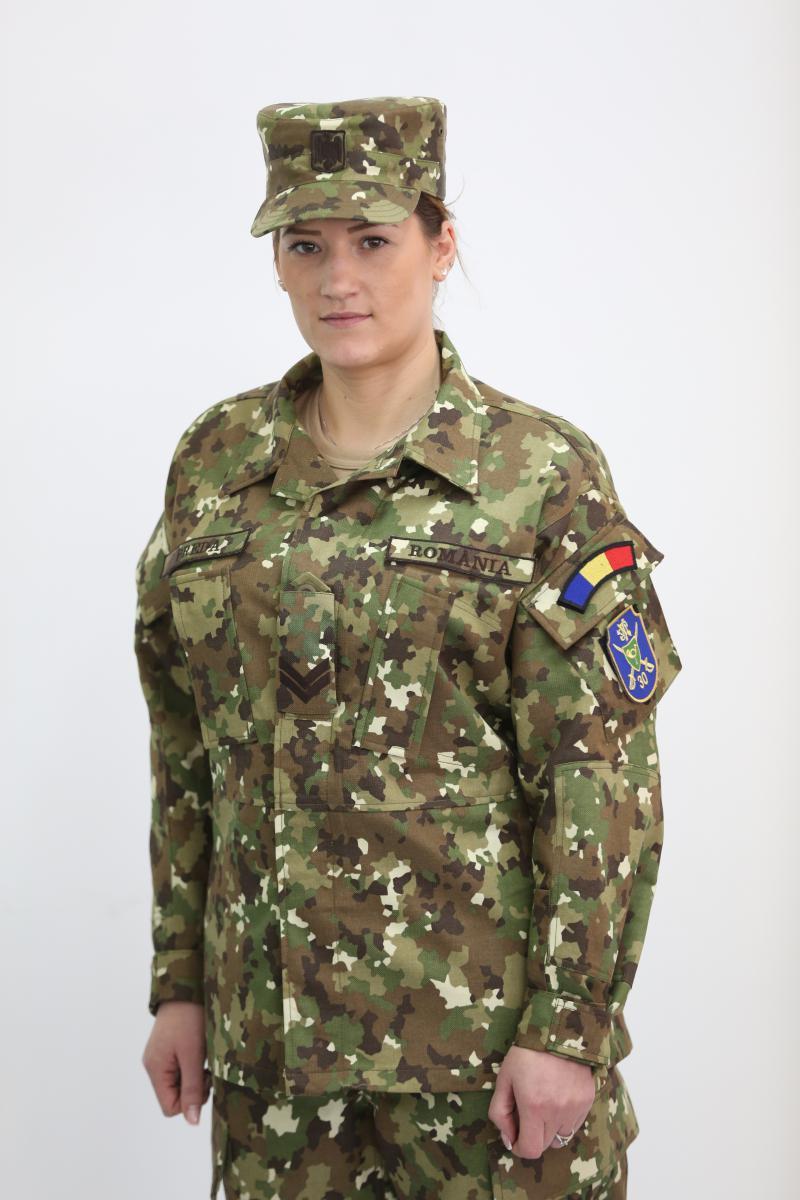 uniforma-armata-1.jpg