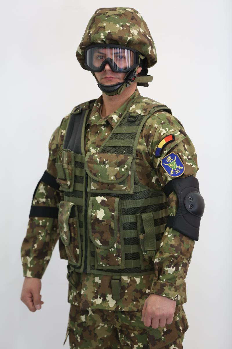 uniforma-armata-2.jpg