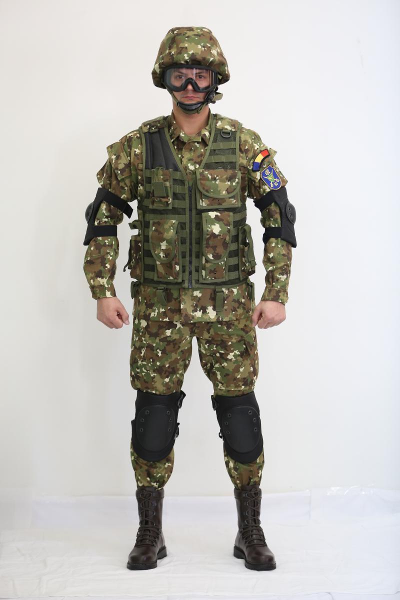 uniforma-armata-3.jpg
