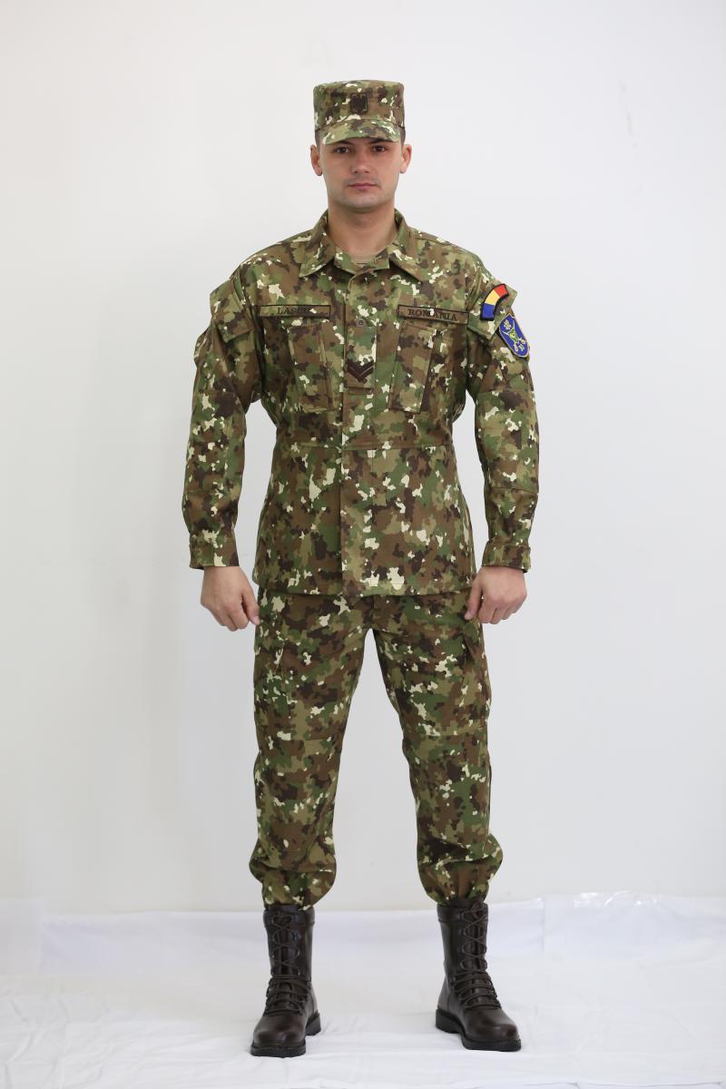 A román hadsereg új egyenruhája. 2016.05.04. 08 00    Combat Gear Admin f50245c37d