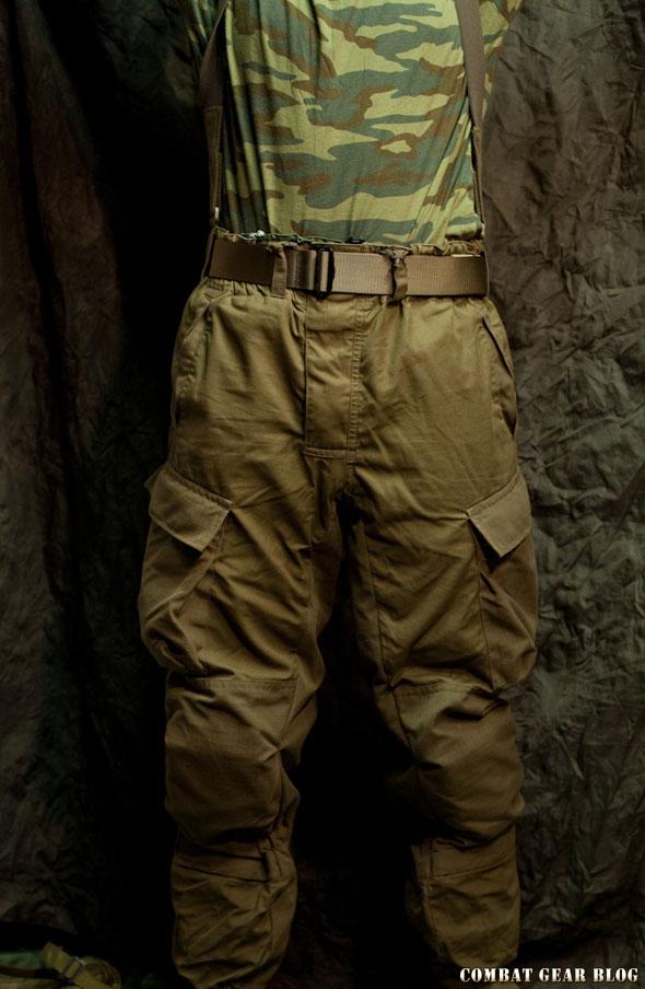 e2ab3f58318f Az orosz hadsereg rendelkezik egy elég egyedi, kifejezetten hegyi  hadviseléshez kifejlesztett ruházattal. Ez a gorka, vagyis a hegy nevet  viseli.