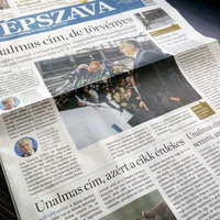 A Népszava a címlapon hisztizik egy alkotmánybírósági határozat miatt