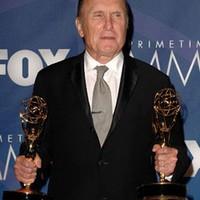 Meglepetés és papírforma az 59. Emmy-gálán