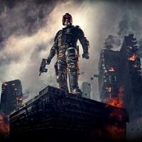 Ha minden jól megy, Karl Urban visszatérhet a Dredd bíró-tévésorozatban
