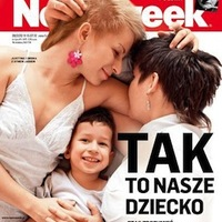 Leszbikusokat ábrázoló Newsweek-címlap miatt áll a bál a lengyeleknél