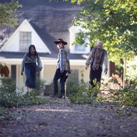 Vasárnap folytatódik a The Walking Dead