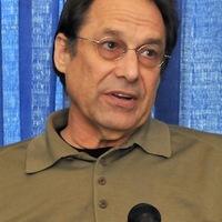 David Milch író 25 millió dollárt bukott a lovin