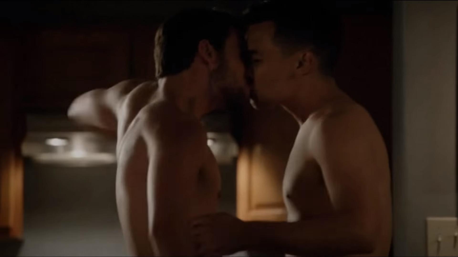 Cenzúrázatlan meleg szex jelenetek