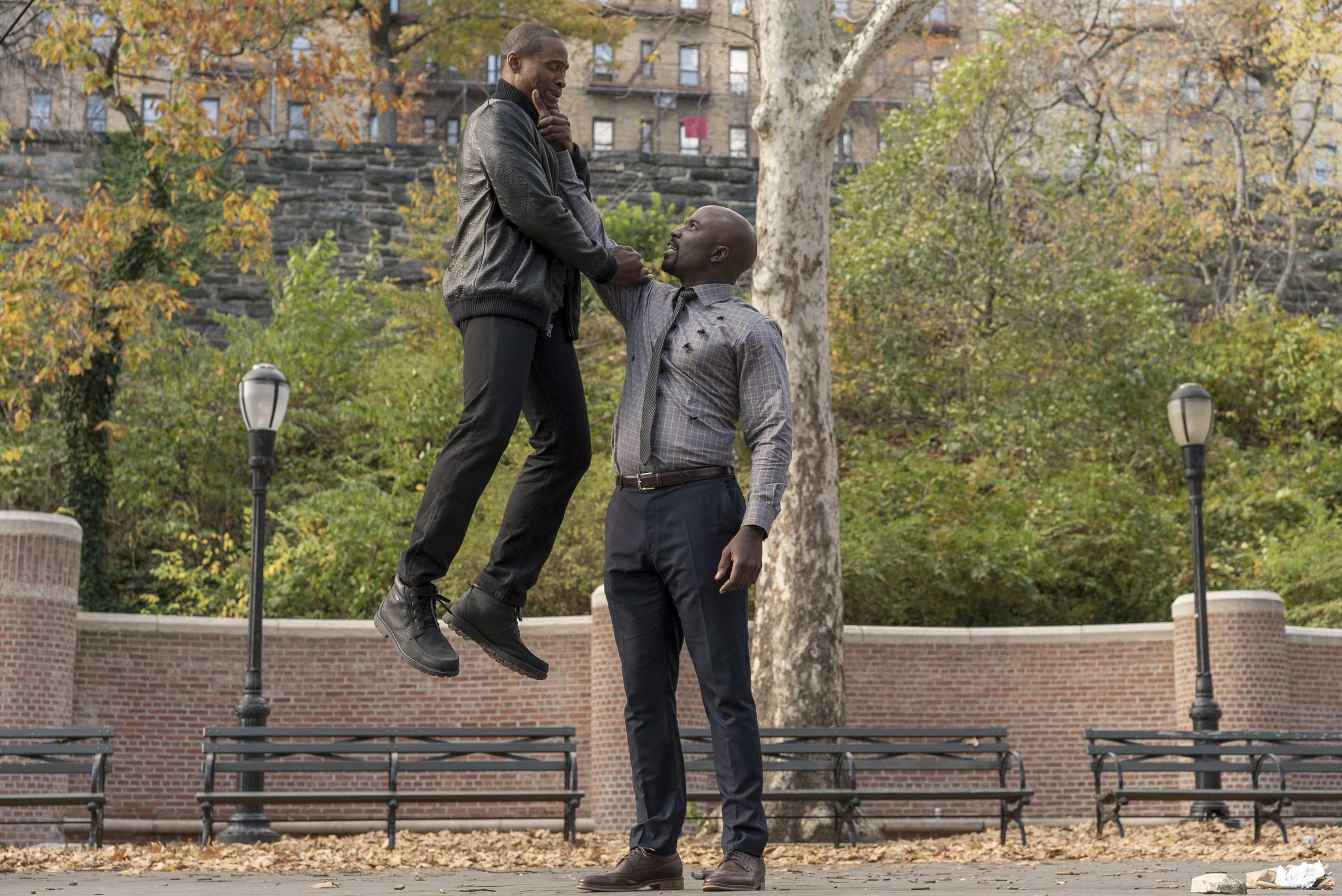 luke-cage-mike-colter-3.jpg