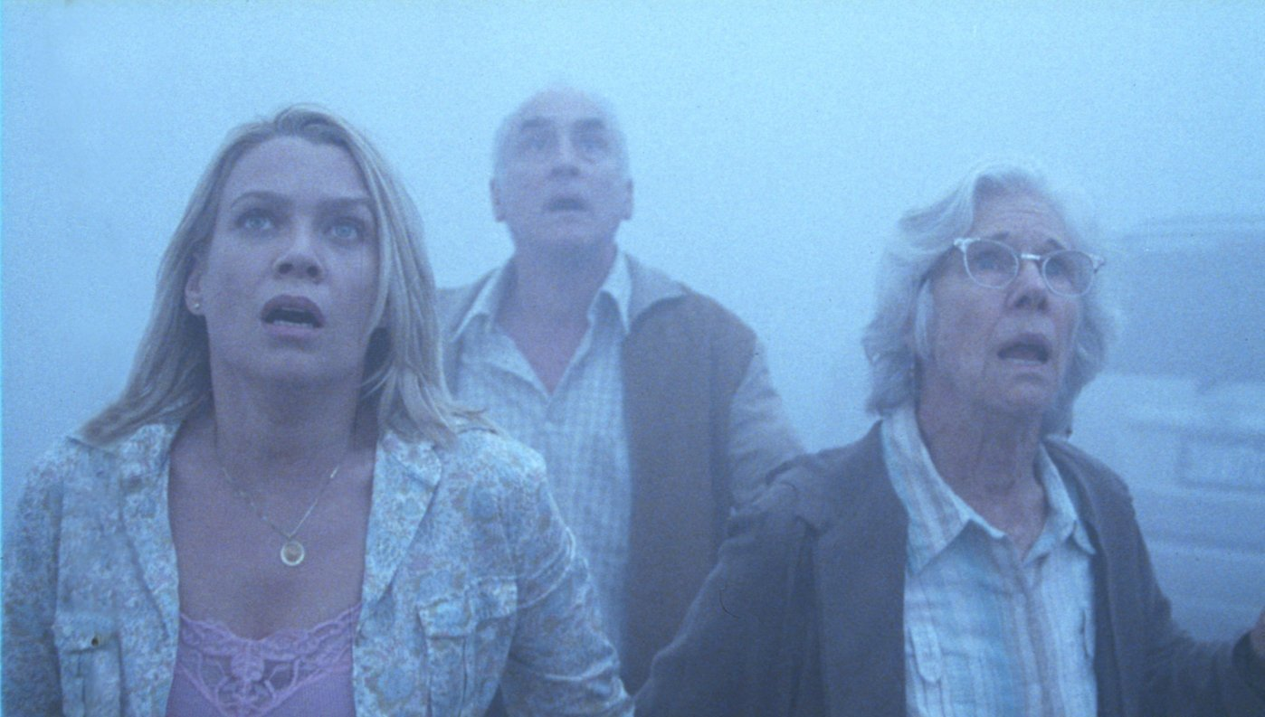 the-mist-laura-holden-jeffrey-demunn-and-frances-s1.jpg
