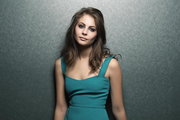 willa-holland-6.jpg