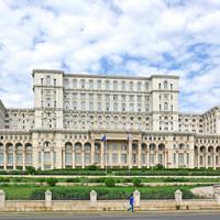 Félelem és reszketés Bukarestből