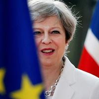 Theresa May: beállt a klinikai halál