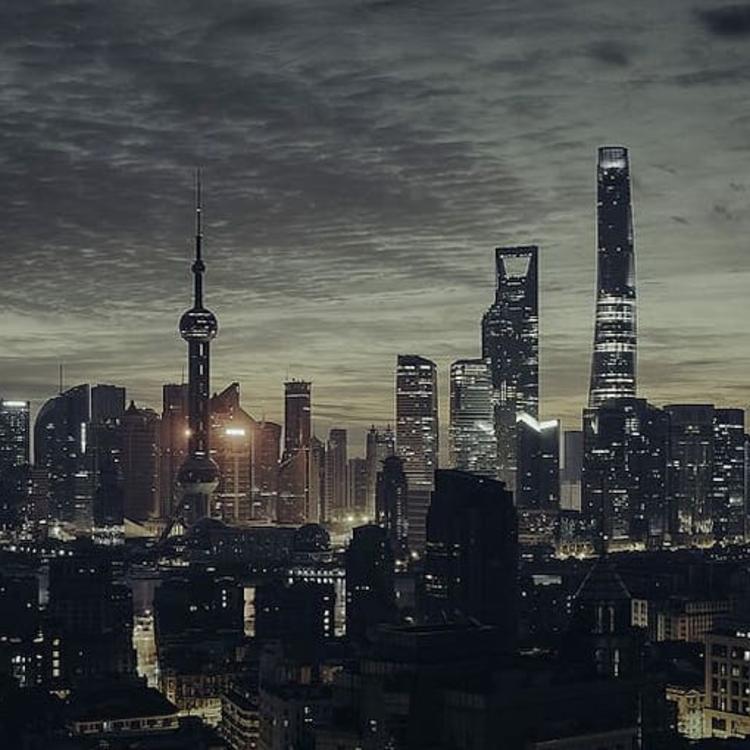 Komoly eladósodás mellett épül a kínai fogyasztói társadalom