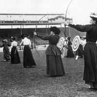 Sportos nők a Századfordulón