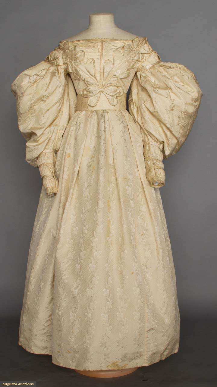 brocade_wedding_gown_1830s_augusta_auctions.jpg