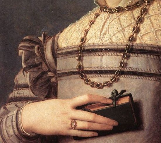 bronzinoportraitofyounggirldetail1541-45.jpg