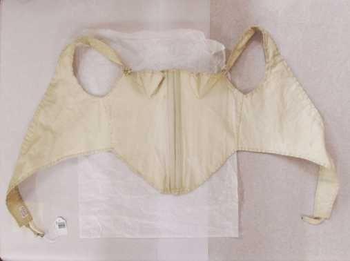 corset_1800-20centraal_museum_utrecht.jpg