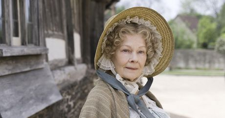 judi_dench_as_miss_matty_jenkins_cranford.jpg