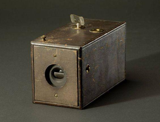kodakkamera1880s.jpg