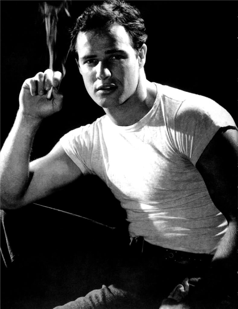 marlon-brando-picture-a-streetcar-named-desire-smoking-photo.jpg