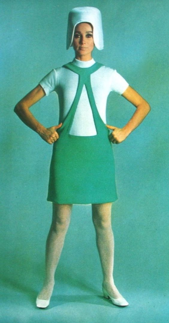 pierre_cardin_for_nrc_couture_march_1967.jpg