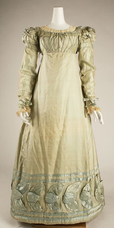 silk_dress1820_met_museum_of_art.jpg