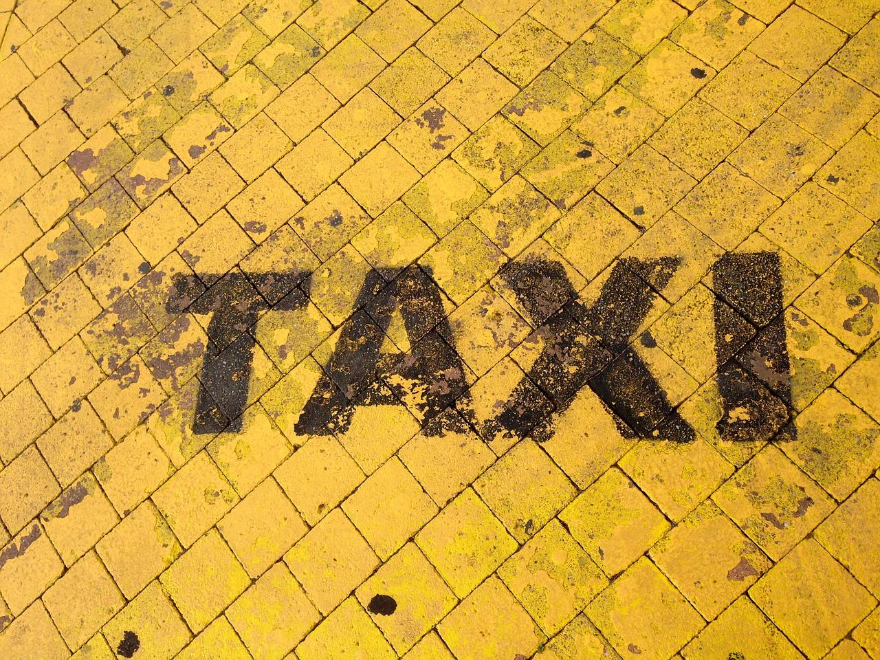 taxi-890110_1280.jpg