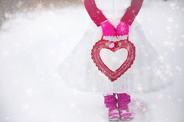 valentine-594389_640.jpg