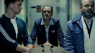 Isteni műszak: Tarantino mentőautója Budapest utcáin