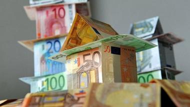 A pénzügyeken is túl - avagy a kádári alku messziről integet