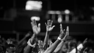 Rettegsz a nyilvános beszédtől? – Hasznos tanácsok ahhoz, hogy a félelemből szupererő legyen