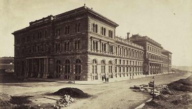 Kocsma a Corvinuson?! - Az egyetem épületeinek rövid története videóval
